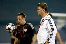 Ribery Balas Kritik Van Gaal - JPNN.com