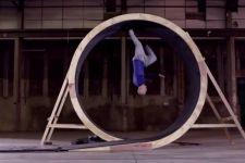 Stuntman James Bond Mampu Lari Berputar Vertikal 360 Derajat - JPNN.com