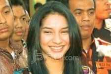 Vira Yuniar, Kehilangan Ayah - JPNN.com