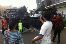 Suasana di GBK Tegang, Ribuan Personel Polisi dan TNI Disebar - JPNN.com
