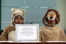 Laporkan Hakim Parlas Nababan, 'Monyet' Masuk Gedung KY - JPNN.com