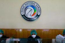 Kasus Terus Bertambah, Gereja Katolik di Jakarta Berubah Menjadi Tempat Merawat Pasien COVID-19 - JPNN.com