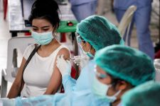 Kabar Baik dari Thailand soal Perpaudan Vaksin Sinovac dan AstraZeneca - JPNN.com