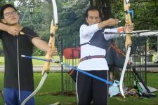Kaesang Review Sneakers Jokowi, yang Katanya Bakal Ngetren - JPNN.com