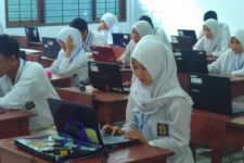 USBN SMA di Bandung Bocor, Pengamat Kritisi Integritas Guru - JPNN.com