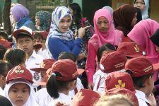Gaji Guru Honorer Ngadat Tiga Bulan, Wakil Rakyat: Kok Bisa? - JPNN.com