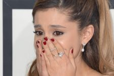 Bom Manchester: Ariana Grande Menghilang, Take That Tunda Konser - JPNN.com