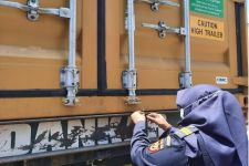 Bea Cukai Yogyakarta Fasilitasi Keberangkatan 20 Kontainer Komoditi Ekspor ke Amerika - JPNN.com