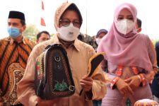Tegas! Dinsos Aceh Mencoret Penerima Bansos Tak Layak, Bu Risma Merespons - JPNN.com