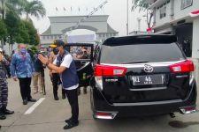 Ini Mobil Pilihan Sandiaga Uno untuk Kunjungi Markas Tentara, Lihatlah Spesifikasi dan Harganya - JPNN.com