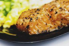 Ingin Mencegah Terkena Tekanan Darah Tinggi, Konsumsi Saja 4 Makanan Ajaib Ini - JPNN.com