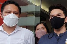 Soal Sidang Cerai, Jonathan Frizzy: Enggak Bisa Didamaikan - JPNN.com