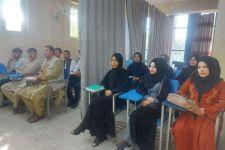 Taliban Memperbolehkan Perempuan Kuliah, Cuma Ada Beginian di tengah Kelas - JPNN.com