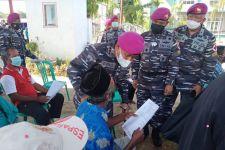 Korps Marinir Lancarkan Serbuan Vaksinasi di Ponpes Wisma Wisnu - JPNN.com