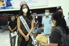 Putri Indonesia 2020 Mendukung Serbuan Vaksin TNI di Bandara Soetta, Ini Pesannya - JPNN.com