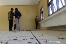 Dugaan Korupsi DAK, Gedung Belum Dipakai Sudah Rusak, Lihat Ini - JPNN.com