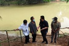 Warga Minta Menteri Erick Bangun Jembatan Penghubung Antarkampung - JPNN.com