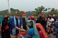 Menparekraf Sandiaga Uno Kunjungi Desa Wisata Binaan SKK Migas-PHR - JPNN.com