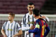 Gary Neville Blak-blakan Soal Perbedaan Cristiano Ronaldo dan Lionel Messi - JPNN.com