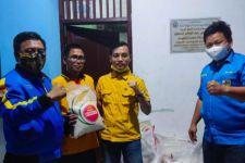KNPI Salurkan Bantuan kepada Pemuda Hanura - JPNN.com