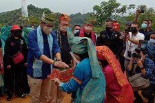 Menparekraf Kunjungi Desa Wisata Binaan SKK Migas-PHR, Menyampaikan Rasa Bangga - JPNN.com