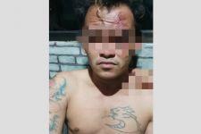 Sok Jago di Depan Warga, Pria Bertato Ini Langsung Ciut Didatangi Polisi, Tuh Mukanya - JPNN.com