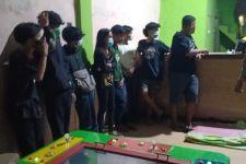 8 Remaja Digerebek saat Asyik Berbuat tak Terpuji di Warung Tuak - JPNN.com
