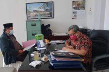 Perjuangan Guru Honorer Ikut Tes PPPK, Serabutan Demi Sepatu Loak - JPNN.com