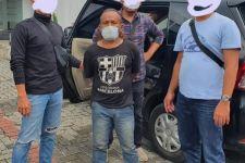 Aksi Pemerasan Viral, Pria Berbaju Hitam Ini Diciduk Polisi, Ada yang Kenal? - JPNN.com