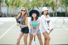 Dinar Candy Berpose Seksi di Lapangan Tenis, Belahan Dadanya Bikin Deg-degan - JPNN.com