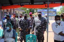 Laksamana Yudo Sambangi Serbuan Vaksinasi TNI AL di Mataram - JPNN.com