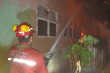 Pertamina Sigap Bantu Proses Pemadaman Kebakaran Perumahan Warga di Dumai - JPNN.com