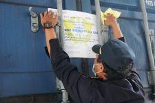 Bea Cukai Lepas Ekspor Perdana Kawasan Berikat di Cirebon - JPNN.com