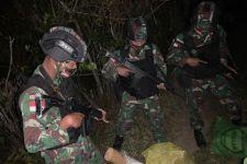 Prajurit TNI Temukan 3 Karung di Perbatasan RI-Timor Leste, Isinya Bukan Narkoba - JPNN.com