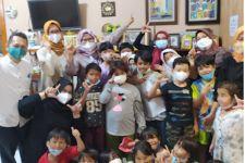 UNJ Gelar Pengabdian Masyarakat dI TBM Bukit Duri Bercerita - JPNN.com