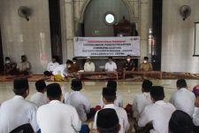 Tujuan Bea Cukai Edukasi Ketentuan Cukai kepada Santri di Sampang - JPNN.com