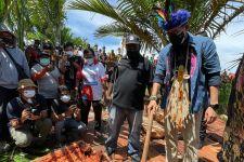 Bupati Jayapura Sebut Hanya Menteri Ini yang Mau Datang ke Kampung Yoboi - JPNN.com