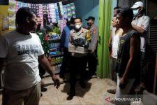 Polisi Obok-Obok Toko Kosmetik di Bekasi, Nih yang Didapat, Waduh - JPNN.com