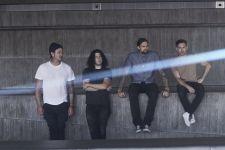 Setelah 7 Tahun, Angels & Airwaves Akhirnya Rilis Album Lifeforms - JPNN.com