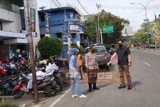 Korban Penjambretan di Pasaraya Ternyata Ibu Bhayangkari, Kini Pelaku Diburu Polisi - JPNN.com