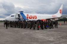 Siap! 100 Anggota Brimob Nusantara Tiba di Papua - JPNN.com