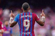 Kepincut Bintang Juventus, Barcelona Disebut-sebut Bakal Tendang Memphis Depay - JPNN.com