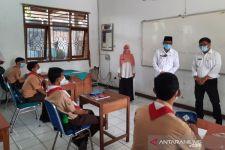 PTM Terbatas di Depok Dimulai, Sekolah Tetap Menyediakan Layanan Belajar dari Rumah - JPNN.com