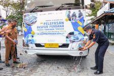 Bea Cukai Tarakan Lepas Ekspor Perdana 25 Ton Ikan Bandeng Beku ke China - JPNN.com