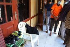 Melihat Ibu Muda Pakai Sarung, SA tak Tahan, Polisi Bergerak - JPNN.com