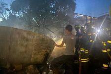 Terkurung di Rumah yang Terbakar, Nenek Normah Tewas Mengenaskan - JPNN.com