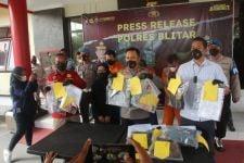3 Polisi Gadungan di Blitar Diamankan, Adhitya: Mereka Asal Surabaya Semua - JPNN.com Jatim