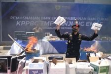 Bea Cukai Musnahkan Jutaan Barang Eks Kepabeanan - JPNN.com