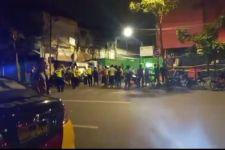 Tawuran Terjadi di Ngaglik Surabaya, Kafe Escobar Disegel - JPNN.com Jatim
