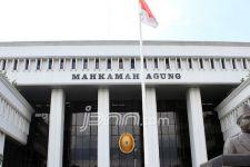 Hakim MA Terbukti Bertemu Pengacara Terdakwa BLBI di Plaza Indonesia - JPNN.com